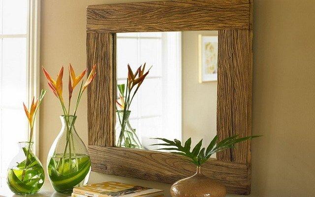 Деревянные рамы для зеркала: стильный тренд