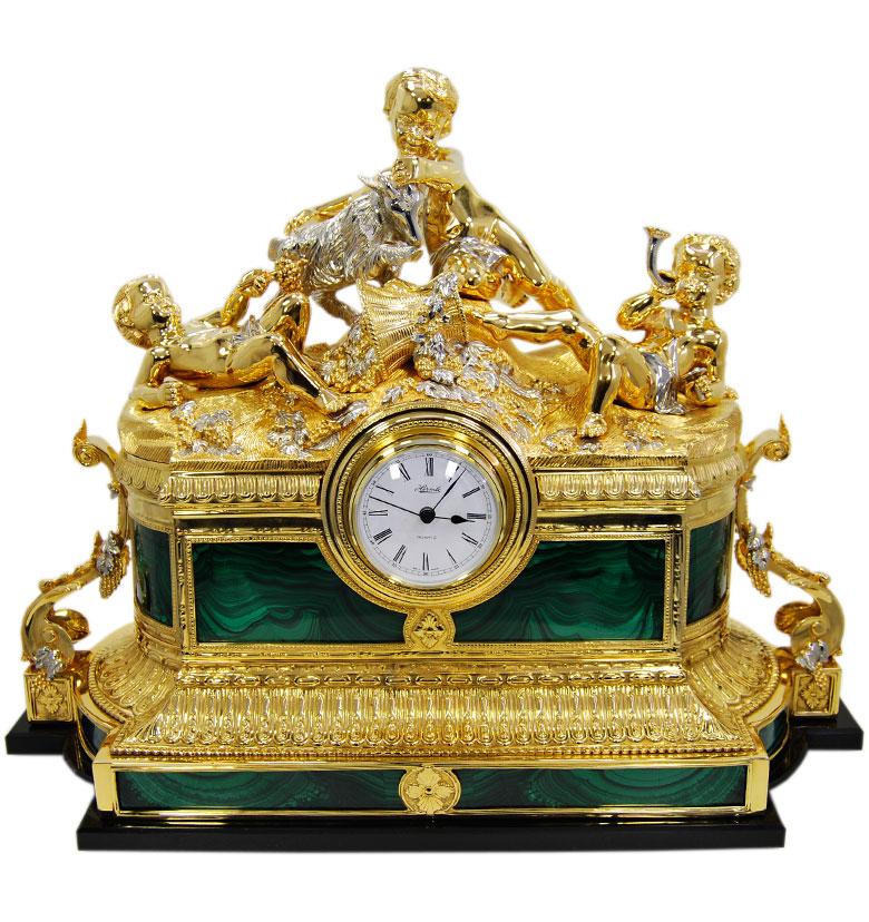 каталог Украшенные часы и каминные наборы