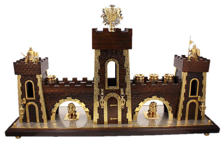 Подарок на деревянную свадьбу - мини-бар Крепость