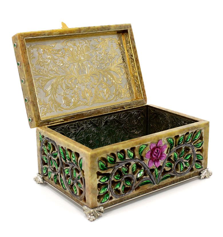 Сувенир из камня — Шкатулка