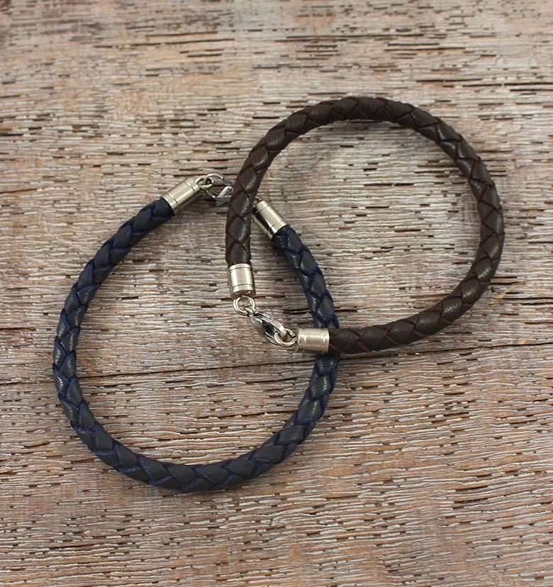 Кожаный браслет. Подарок на кожаную свадьбу